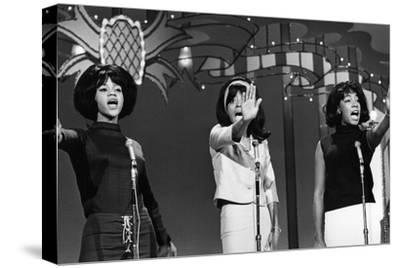 Mary Wilson, Supremes 1965