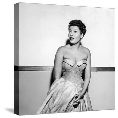Pearl Bailey, 1954