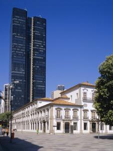 Praca 15 November, Rio De Janeiro, Brazil by G Richardson