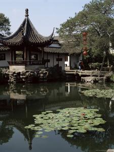 Wangshi Garden, Suzhou, China by G Richardson