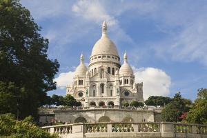 Basilica Sacre Coeur, Montmartre, Paris, France, Europe by Gabrielle and Michel Therin-Weise