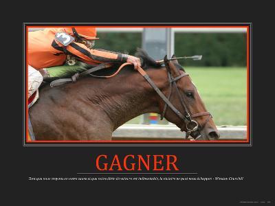 Gagner (French Translation)--Photo