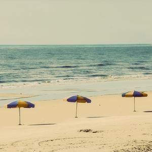 Beach Trip II by Gail Peck