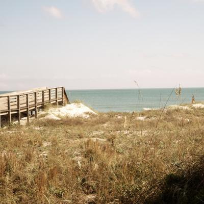 Soft Breeze Shores I by Gail Peck