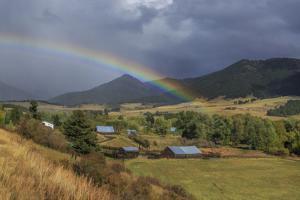 Montana Farm Rainbow by Galloimages Online