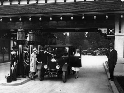 Garage Chic--Photographic Print