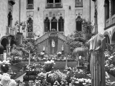 Garden of Isabella Stewart Gardner's Home--Photographic Print