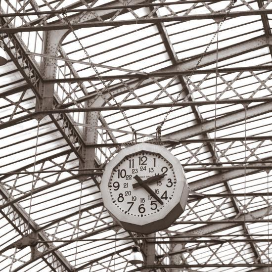 Gare De L'Est, Paris, France-Jon Arnold-Photographic Print
