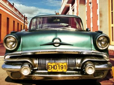 Vintage American car in Habana, Cuba