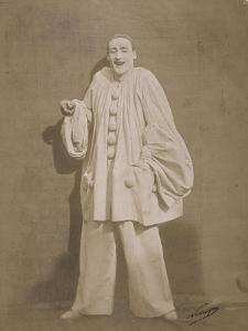 Pierrot riant by Gaspard Félix Tournachon