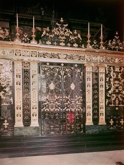 Gates from the Sanctuary Screen, St.Paul's Cathedral, 1710-Jean Tijou-Giclee Print