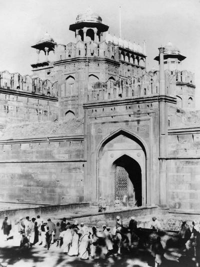 Gateway to the Red Fort, Delhi, India, Late 19th or Early 20th Century--Giclee Print