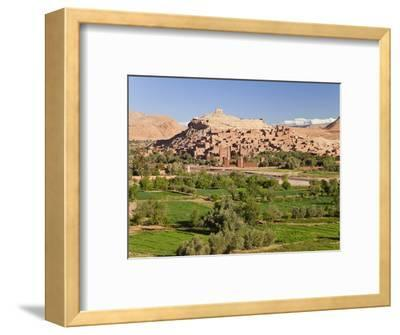 Ancient Kasbah Town of Ait Benhaddou, UNESCO World Heritage Site, Morocco