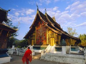 Classic Lao Temple Architecture, Wat Xieng Thong, Luang Prabang, Laos by Gavin Hellier