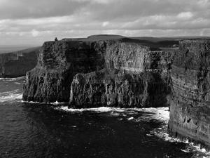 Cliffs of Moher, County Clare, Ireland by Gavin Hellier