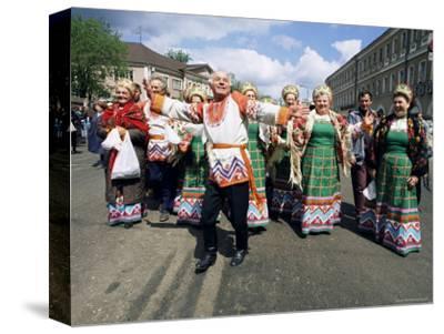 Dancers, Summer Festival, Sergiev Posad, Russia