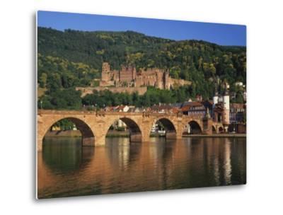 Heidelberg Castle, Alte Brucke and the River Neckar, Heidelberg, Baden Wurttemberg, Germany