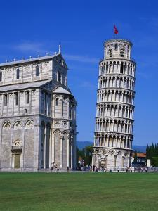 Leaning Tower of Pisa and the Duomo, Pisa, Tuscany, Italy by Gavin Hellier