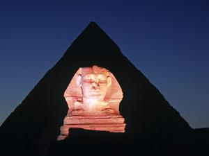 Sphinx and Pyramid, Giza, Cairo, Egypt by Gavin Hellier