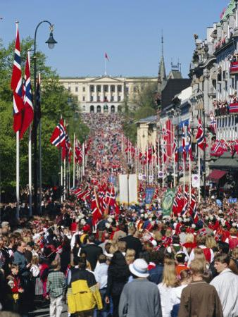 View to the Royal Palace, Norwegian National Day (17th May) Oslo, Norway, Scandinavia, Europe by Gavin Hellier