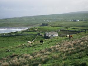 View Towards Doolin Over Countryside, County Clare, Munster, Eire (Republic of Ireland) by Gavin Hellier