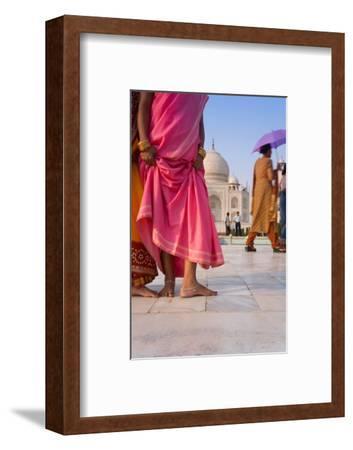 Visitors in Front of the Taj Mahal, UNESCO World Heritage Site, Agra, Uttar Pradesh, India, Asia