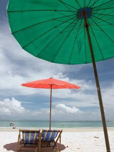Beach and Tourists, Samed Island, Rayong, Thailand by Gavriel Jecan