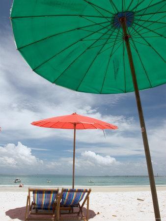 Beach and Tourists, Samed Island, Rayong, Thailand
