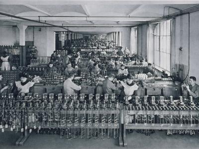 https://imgc.artprintimages.com/img/print/general-electricity-company-berlin-1908_u-l-pjljn50.jpg?p=0