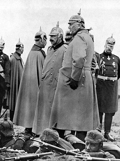 General Moltke and Kaiser Wilhelm II--Photographic Print