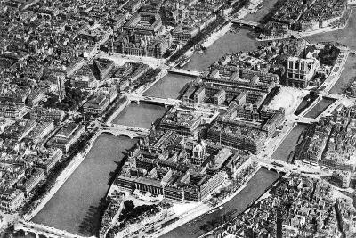 General View of the Isle De La Cite, Paris, 1931-Ernest Flammarion-Giclee Print