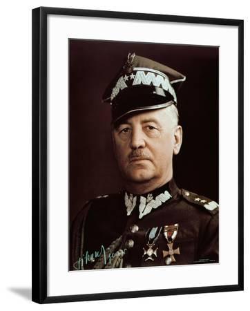 General Wladyslaw Sikorski--Framed Giclee Print