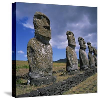 Moai Statues, Ahu Akivi, Easter Island, UNESCO World Heritage Site, Chile, Pacific