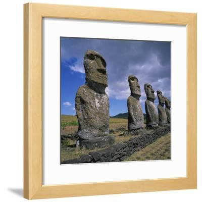 Moai Statues, Ahu Akivi, Easter Island, UNESCO World Heritage Site, Chile, Pacific
