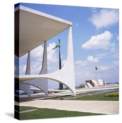 Palacio Do Planalto in Foreground, Brasilia, UNESCO World Heritage Site, Brazil, South America