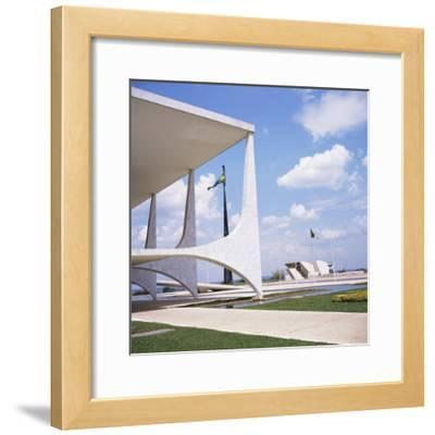 Palacio Do Planalto in Foreground, Brasilia, UNESCO World Heritage Site, Brazil, South America