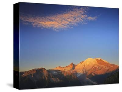 Mount Rainier Lit by Golden Morning Light, Mount Rainier National Park, Cascade Range, Washington