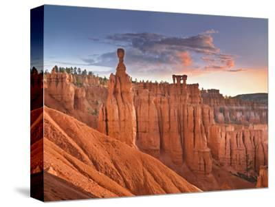 Sunrise over Thor's Hammer, Bryce Canyon National Park, Utah, USA