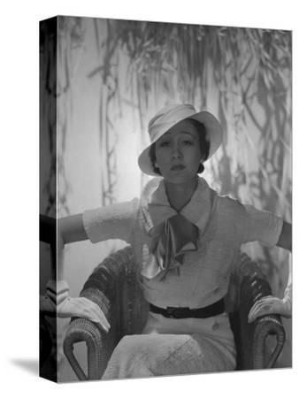 Vogue - June 1933 - Toto Koopman