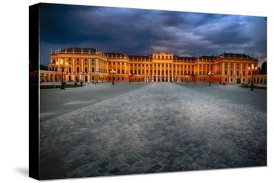Schonbrunn Palace At Night, Vienna, Austria