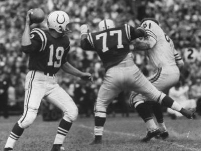 Game Between the Baltimore Colts Vs. the Chicago Bears