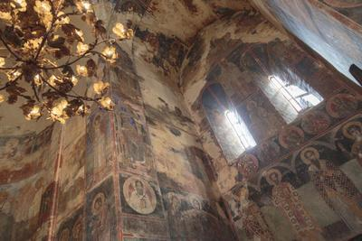 https://imgc.artprintimages.com/img/print/georgia-telavi-religious-artwork-at-gremi-monastery_u-l-q12tc5a0.jpg?p=0