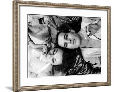 Geraldine Page and Paul Newman in a Scene from Sweet Bird of Youth-Gordon Parks-Framed Premium Photographic Print