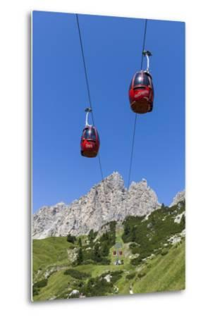 Cable Car Frara, in the Valley Kolfuschg, 'Puezgruppe' (Mountains) Behind, Dolomites, South Tyrol