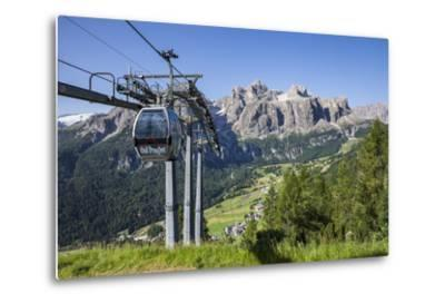Cable Car on the Col Pradat, in the Valley Kolfuschg, Sella Behind, Dolomites, South Tyrol