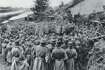 German Soldiers Attending a Divine Service on the Banks of the Aisne Canal During World War I--Giclee Print
