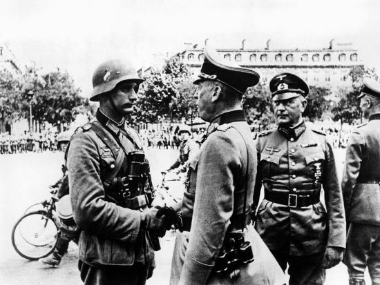 German Victory Parade after the Capture of Paris, June 1940--Giclee Print
