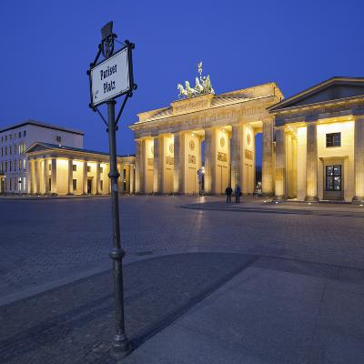 Germany, Berlin, Pariser Platz (Square), the Brandenburg Gate, Night-Rainer Mirau-Photographic Print
