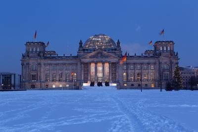 https://imgc.artprintimages.com/img/print/germany-berlin-snow-reichstag-night-photography_u-l-q11vl5z0.jpg?p=0