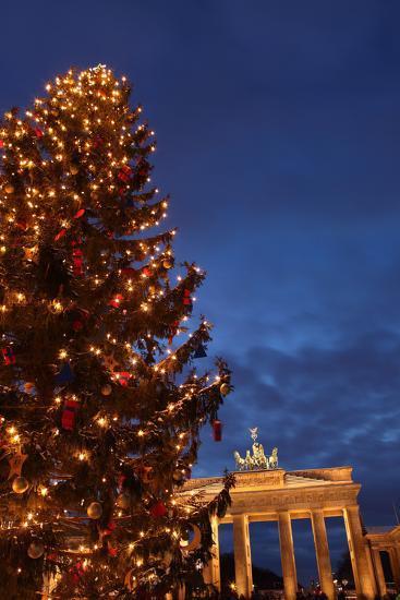 Germany, Berlin, the Brandenburg Gate, Night, Christmas Tree-Catharina Lux-Photographic Print
